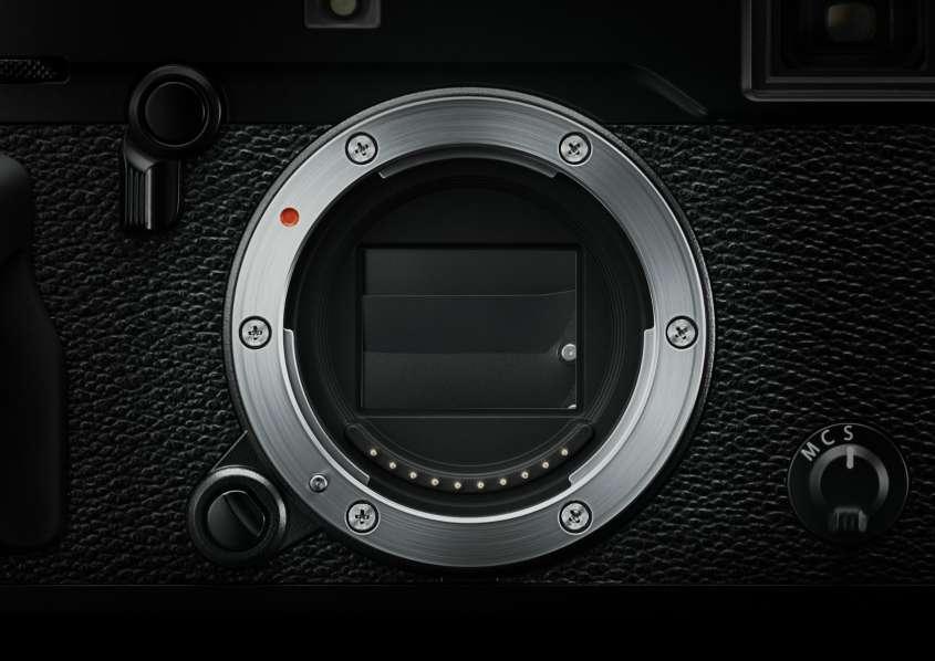 Fujifilm_X Pro2_BK_Shutter r85