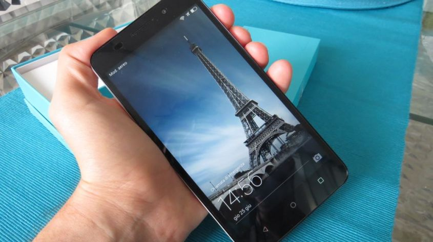 Honor 4X hands on fronte
