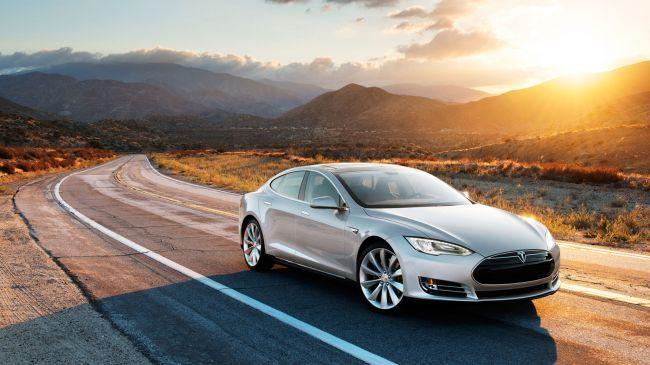Tesla Model S 1 650 80