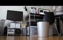 Cestino robotico che raccoglie al volo i rifiuti [VIDEO]