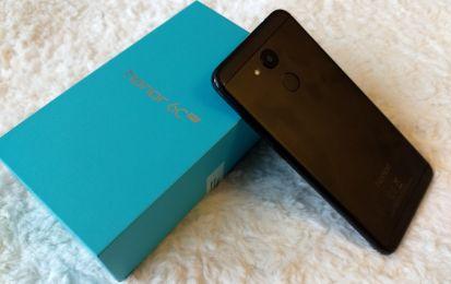 Honor 6C Pro: recensione completa dello smartphone compatto