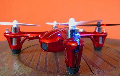 Mini Quadrocopter Hubsan: test del mini drone con camera HD