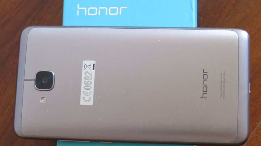 Honor 5C retro