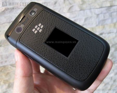BlackBerry Bold 9780 retro
