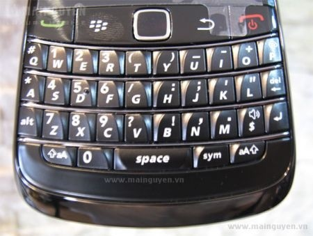 BlackBerry Bold 9780 QWERTY