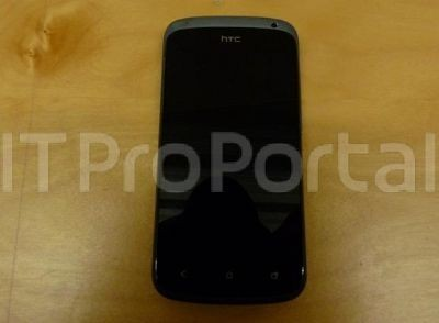 HTC One S nero