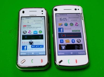 Nokia N97 vs Nokia N97 Mini